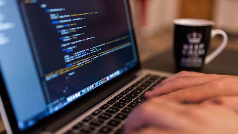 Cambio de carrera: ventajas y desafíos de ingresar al mercado de la tecnología